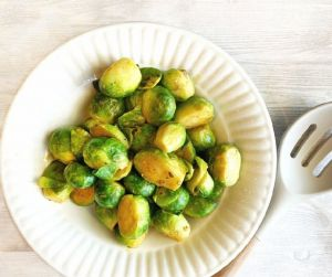 sweet n savory brussels sprouts
